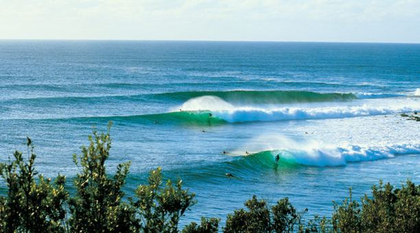 Amazing surf near by